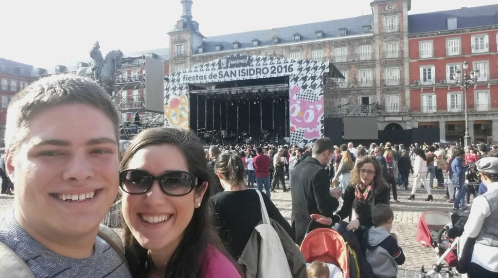 selfie of kate storm and jeremy storm in piazza del sol during a free concert in madrid