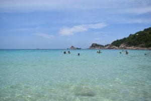 Koh Tao and Utila: Where to Learn to Scuba Dive