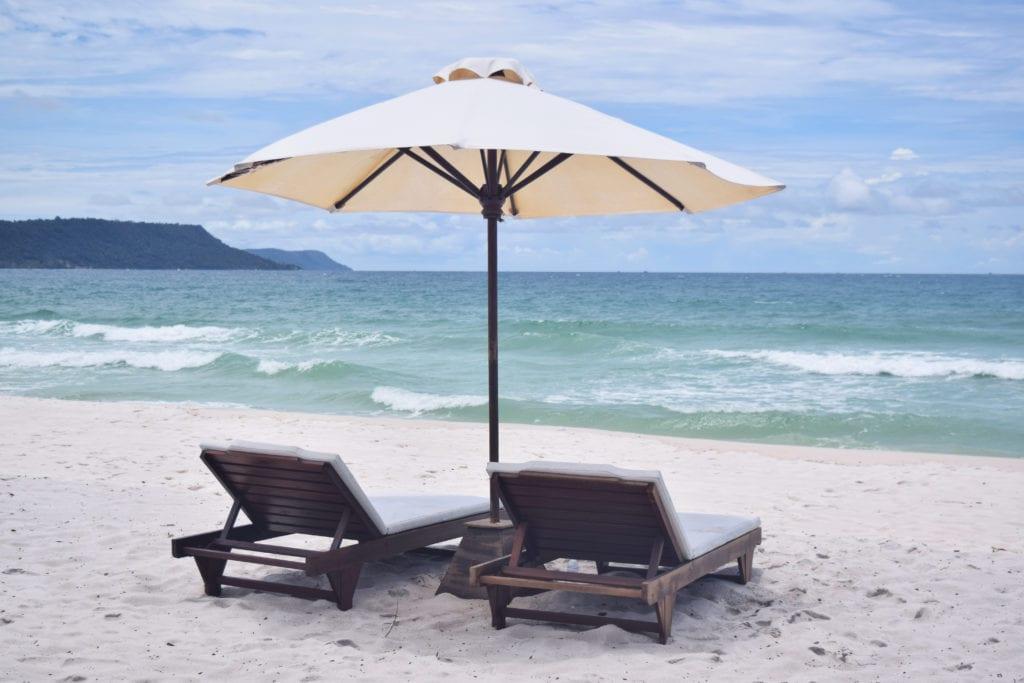 Backpacking Koh Rong: 7 Kilometer Beach