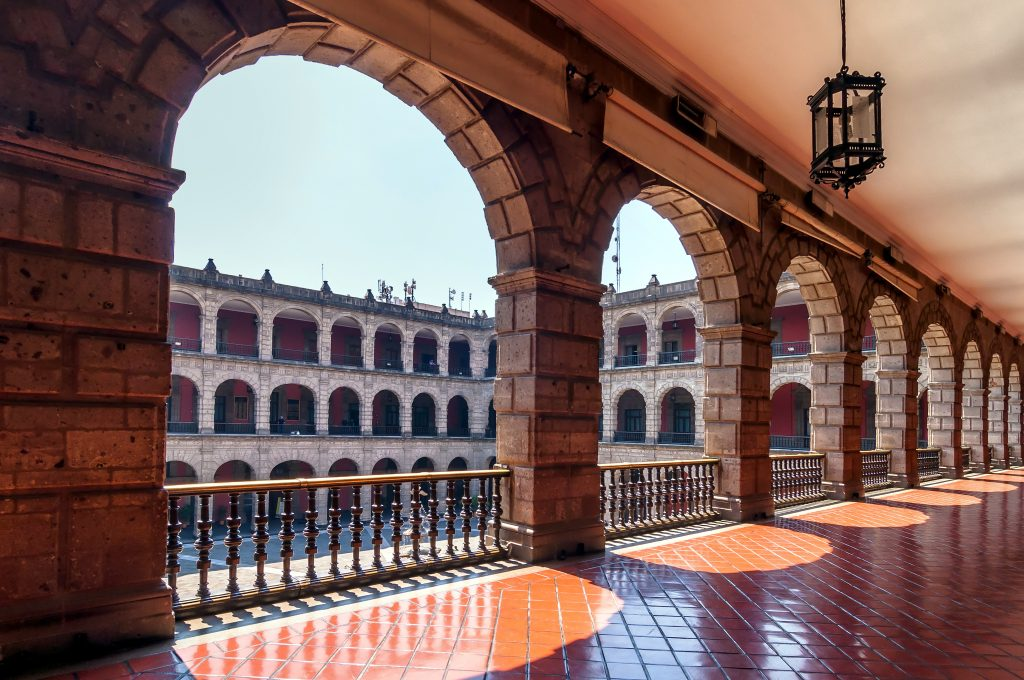 arches inside national palace in mexico city in 3 days