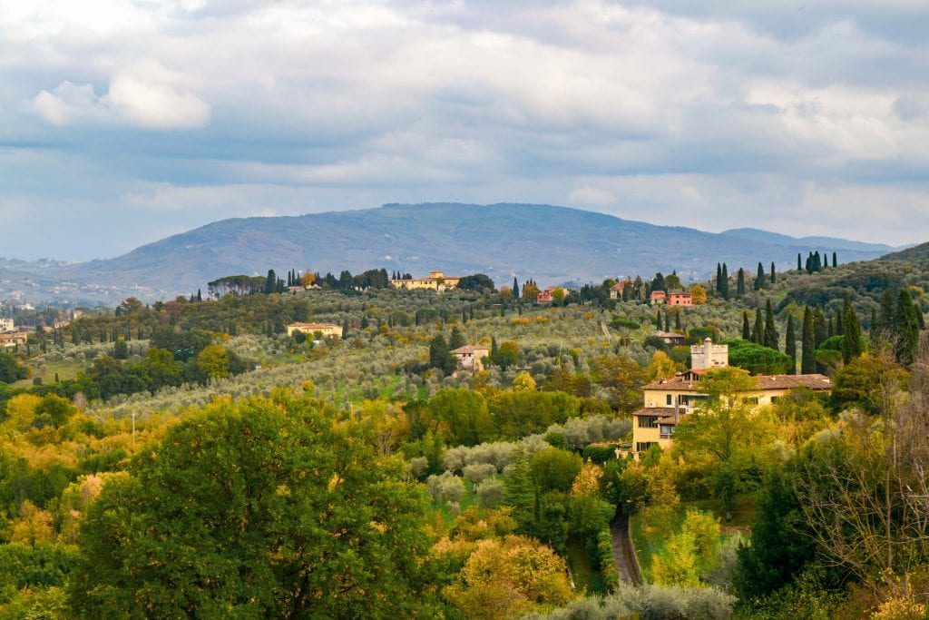 Honeymoon in Tuscany: view of Tuscan countryside