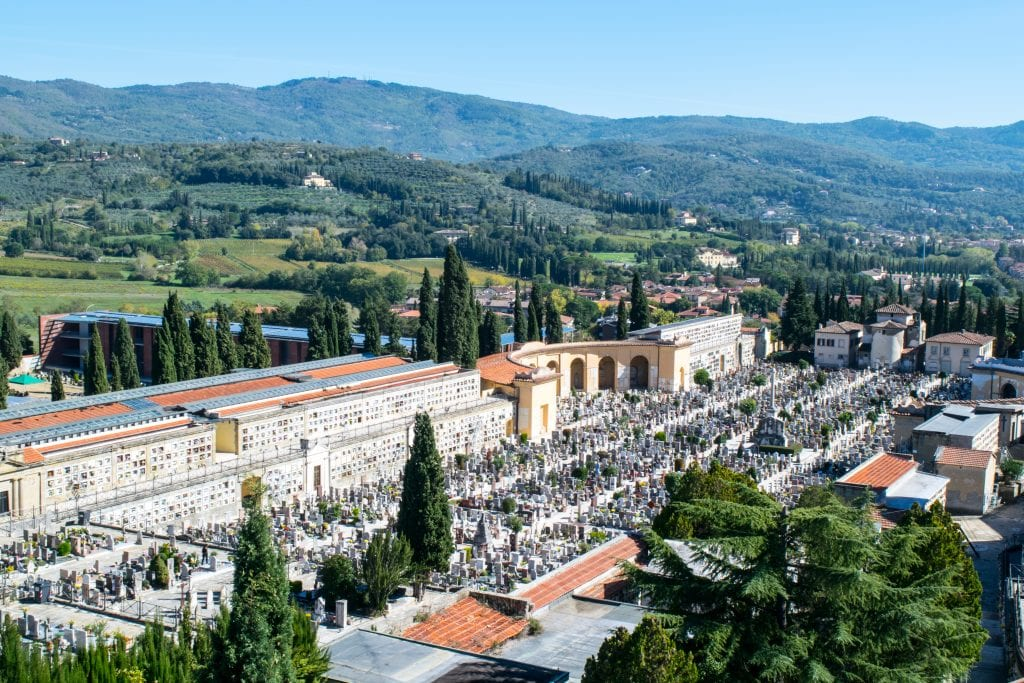 Weekend in Arezzo: Things to Do in Arezzo, Arezzo Cemetary