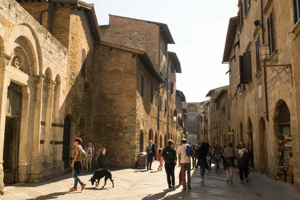 Romantic Things to Do in Tuscany: visit San Gimignano