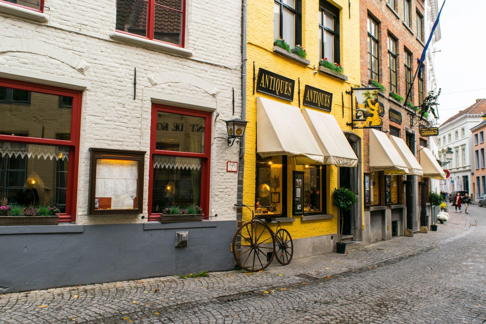 Ghent or Bruges: Bruges Pretty Street