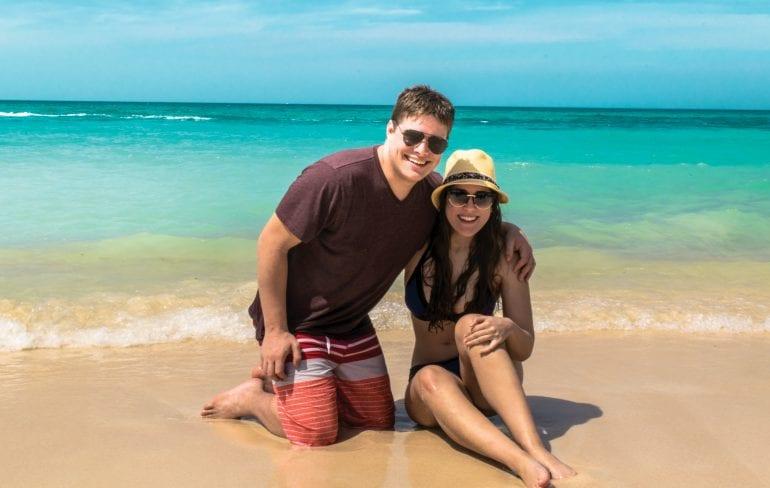 Couple on Playa Blanca, Isla Baru, Colombia