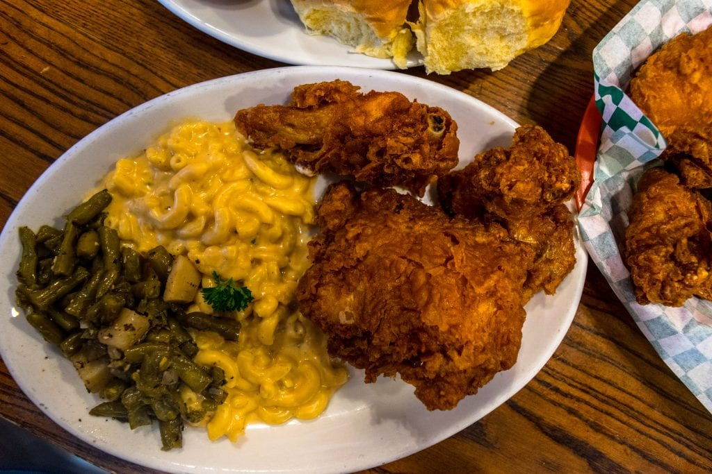 3 Days in New Orleans Itinerary: Willie Mae's Fried Chicken