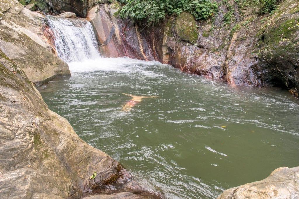 Pozo Azul Minca, Colombia: Swimming