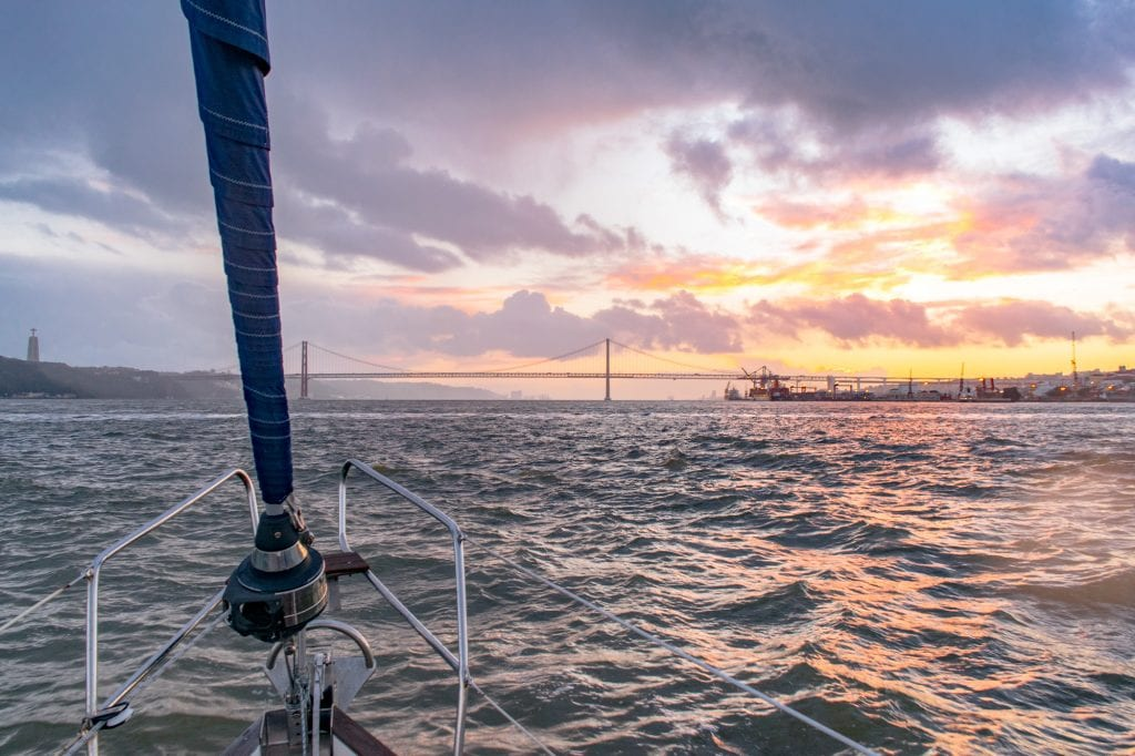 4 Days in Lisbon: Sunset Sailing Tour with Marlin Tours