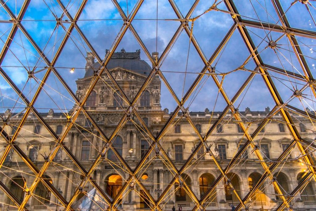 Paris Honeymoon: Visit the Louvre