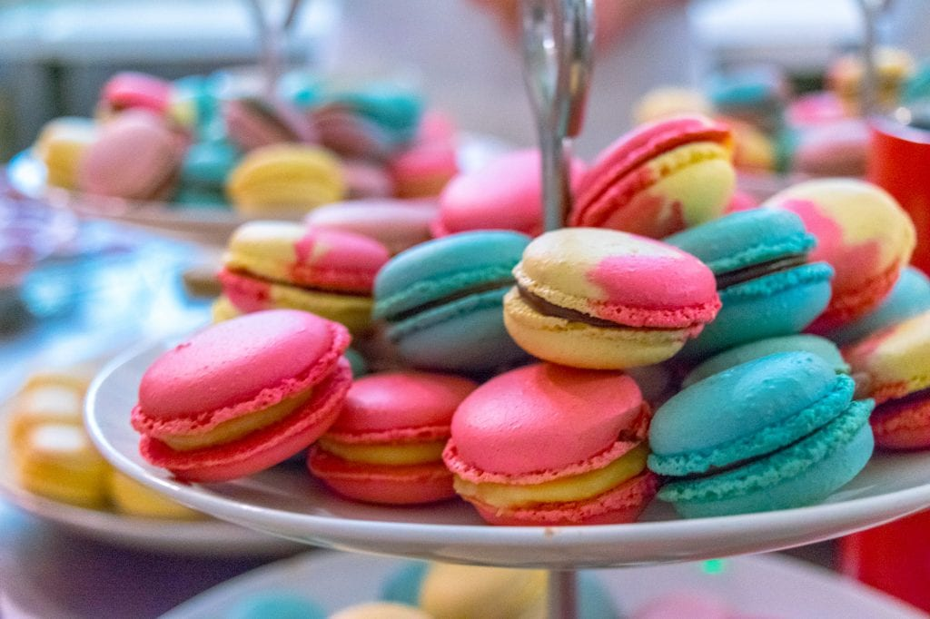 Paris vs Rome: Macaron Baking Class