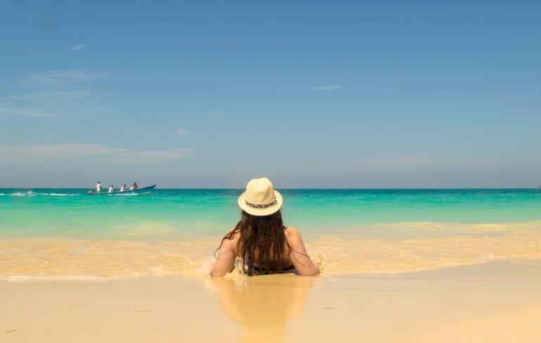 Playa Blanca, Cartagena: Girl on Beach