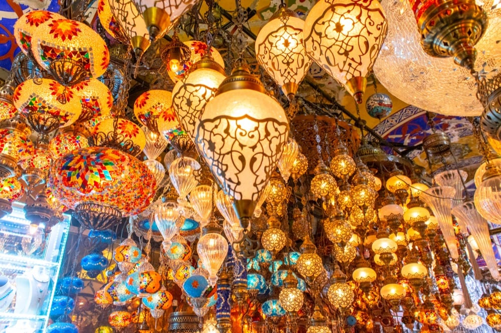 2 Day Istanbul Itinerary: Turkish Lamps in Grand Bazaar