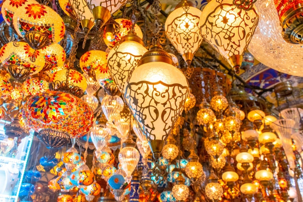 Fun Things to Do in Istanbul: Turkish Lamps