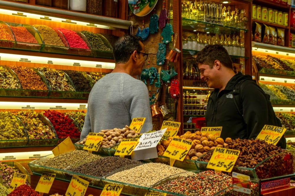 2 Days in Istanbul: Jeremy in Spice Market