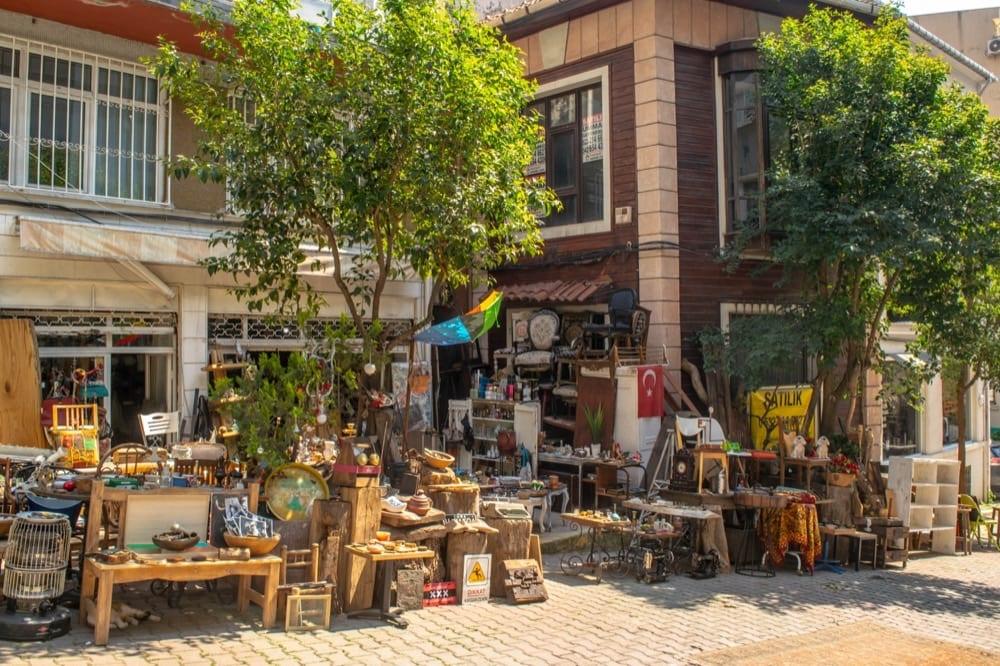 Fun Things to Do in Istanbul: Streets of Cukurcuma