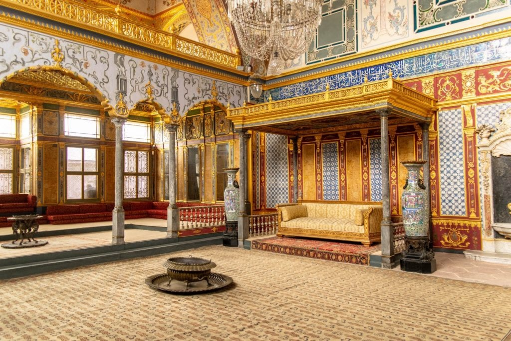 Fun Things to Do in Istanbul: Tour Topkapi Palace