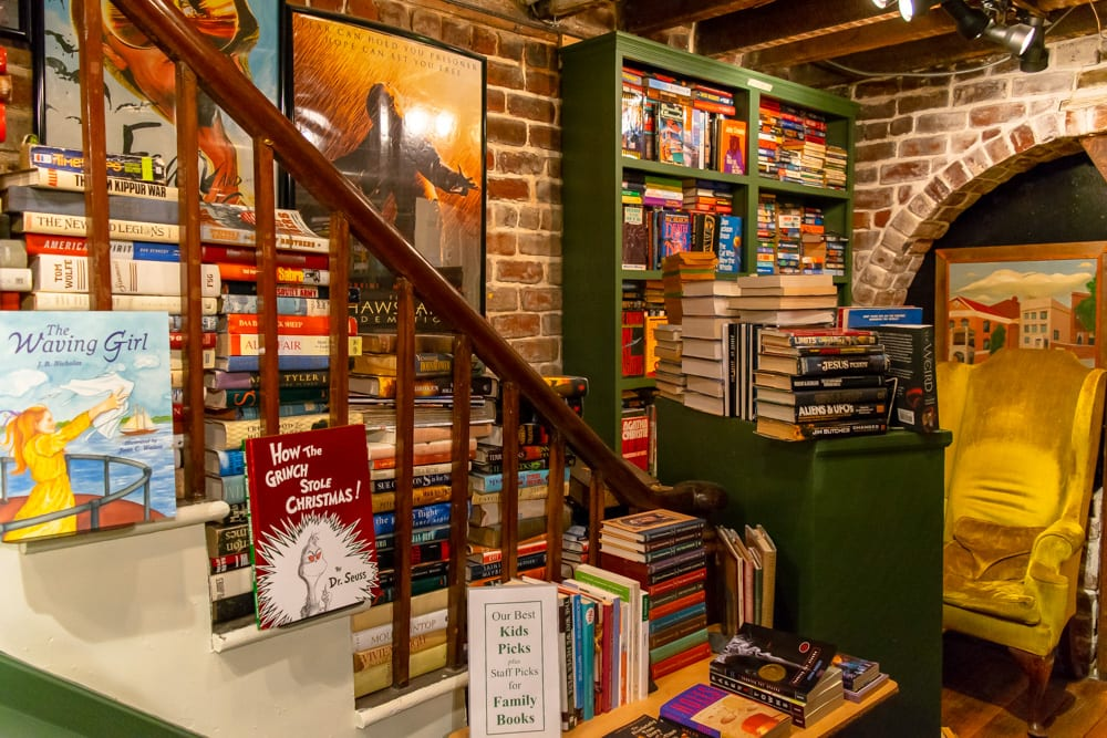 What to Do in Savannah: The Book Lady