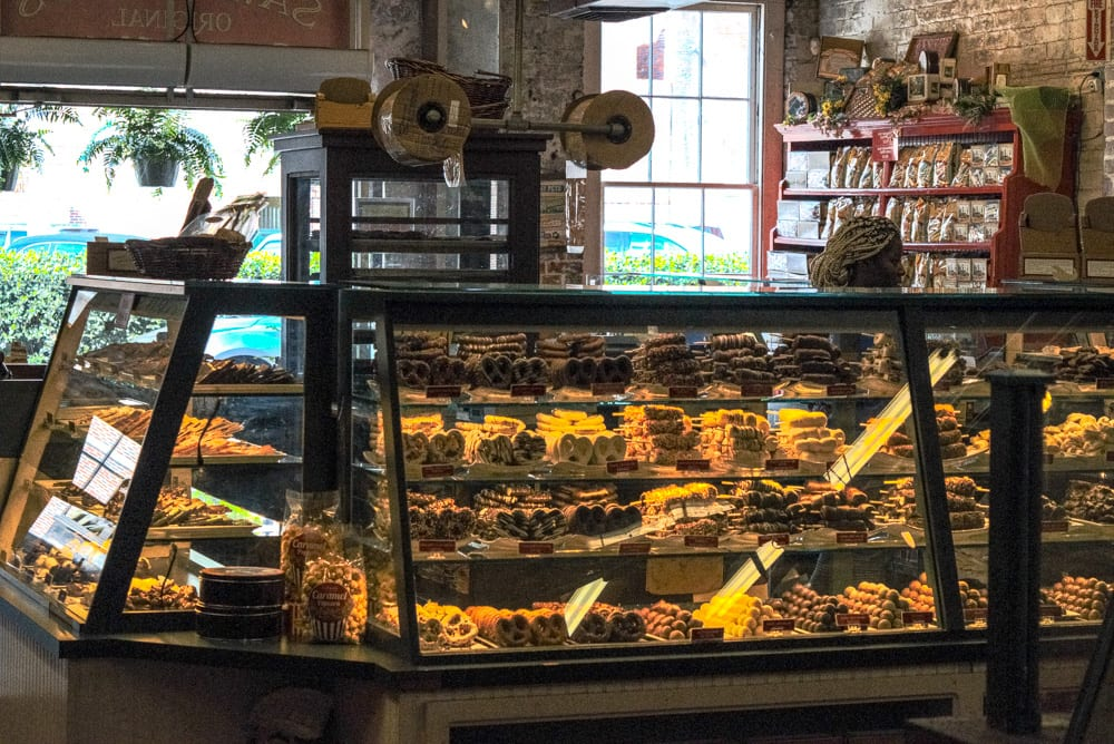 What to Do in Savannah: Eat Pralines
