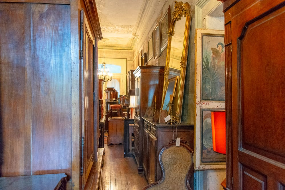 The Best Things to Do in Savannah: Alex Raskin Antiques