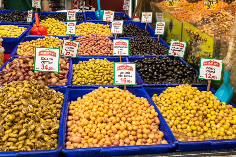 Best Food in Istanbul: Olives