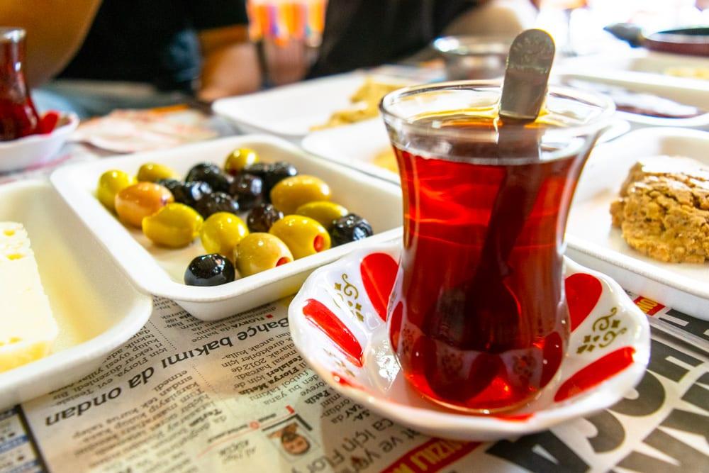 Fun Things to Do in Istanbul: Turkish Tea