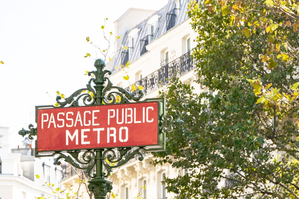 One Day in Paris: Metro Sign