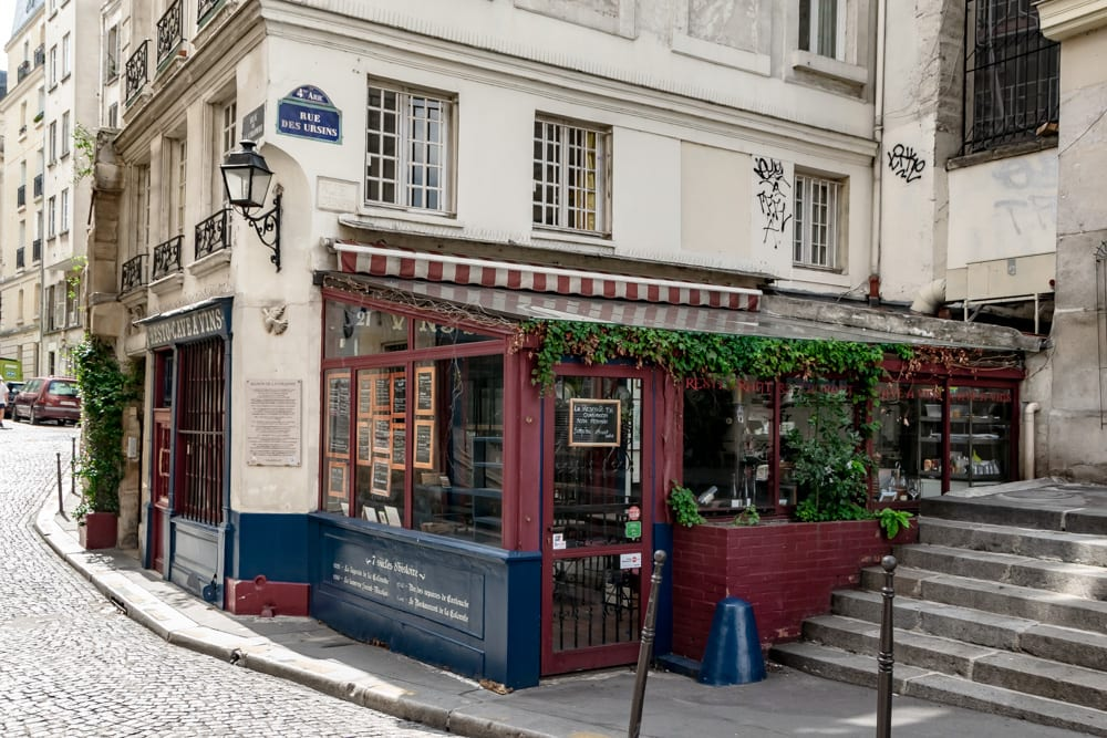 One Day in Paris: Restaurant in Il de la Cite