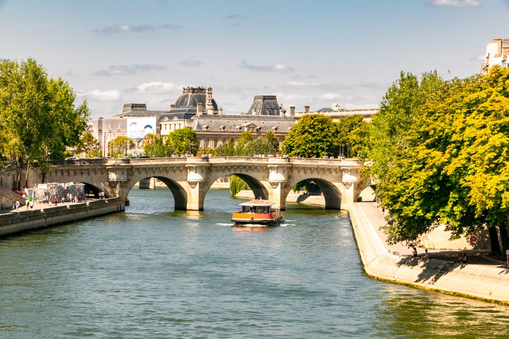 Honeymoon in Paris: Seine River Cruise