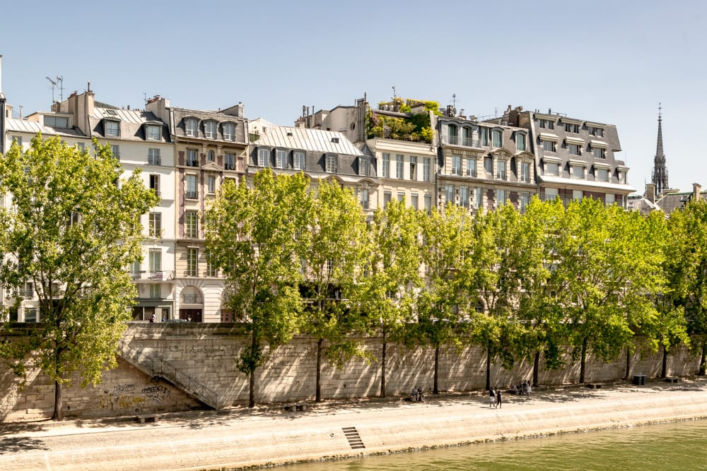 Paris in August: Banks of the Seine
