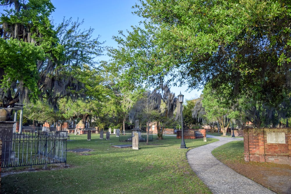 Best Things to Do in Savannah: Colonial Park Cemetery