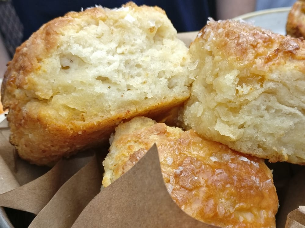 The Best Things to Do in Savannah: Biscuits