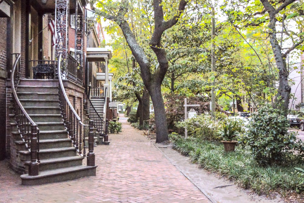 The Best Things to Do in Savannah: Jones Street