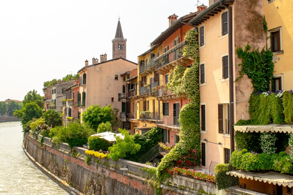 What to Do in Verona: Ponte Pietra
