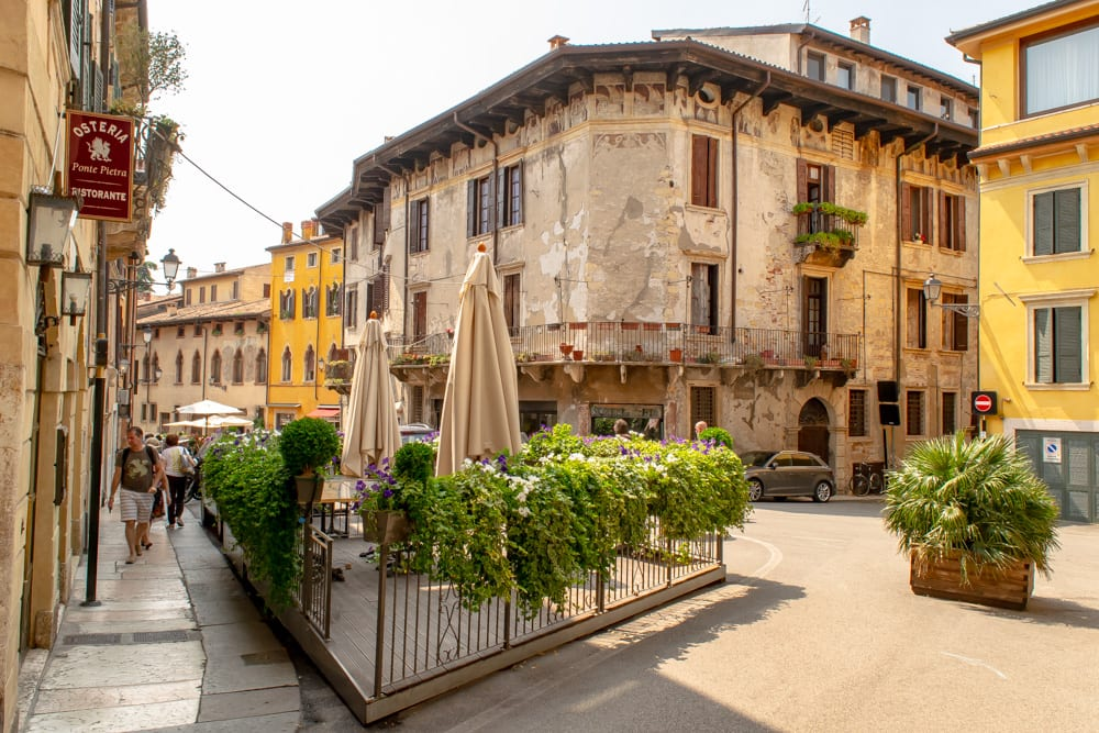 Best Things to Do in Verona: Square
