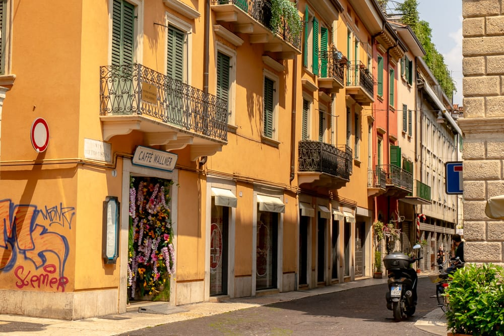 Tips for Airbnb Hosts: Street in Verona