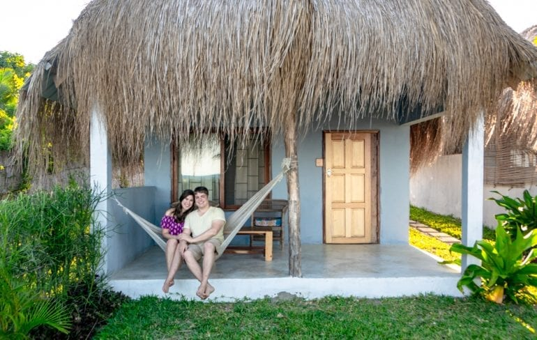 Tips for Airbnb Hosts: Couple in Hammock, Vilanculos Mozambique