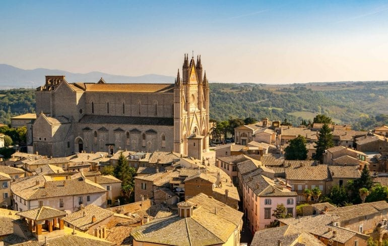 View of Orvieto Cathedral from Torre del Moro: How to Choose to Visit Italy or France