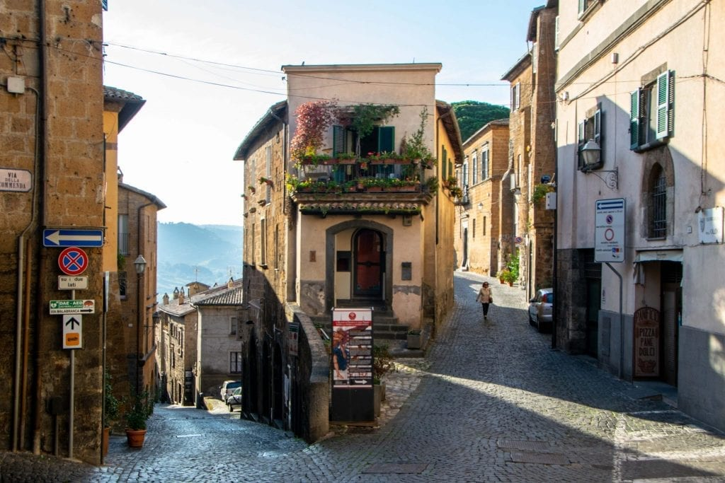 Best Things to Do in Orvieto Italy: Streets of Orvieto