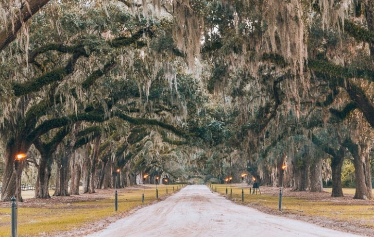 Romantic Getaways in USA: Boone Hill Plantation in Charleston