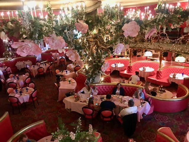 Romantic Getaways in USA: Madonna Inn