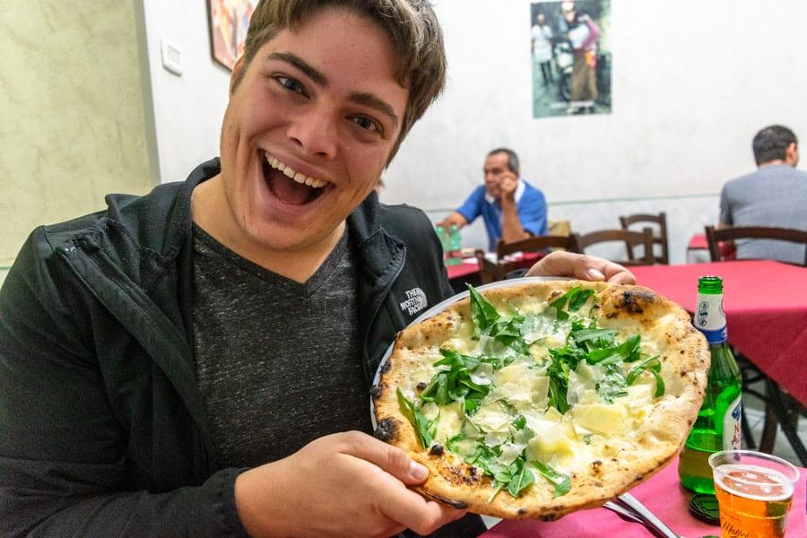 Naples Pizza Tour: Pizzeria Matteo