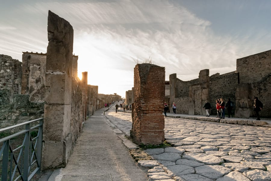 Visiting Pompeii and Mount Vesuvius: Streets of Pompeii