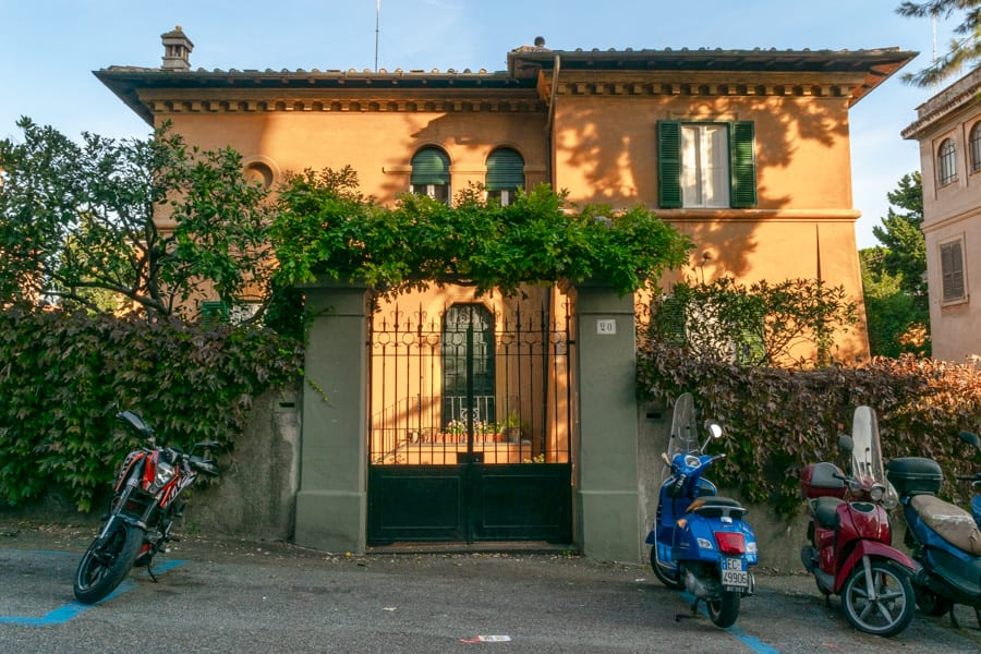 4 Day Rome Itinerary: House in Rome