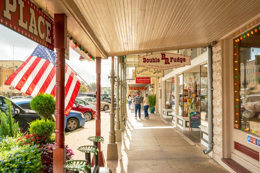 downtown shops in fredericksburg texas