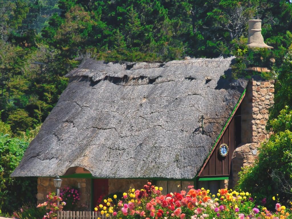 fairytale cottage in carmel by the sea california, romantic usa travel destination