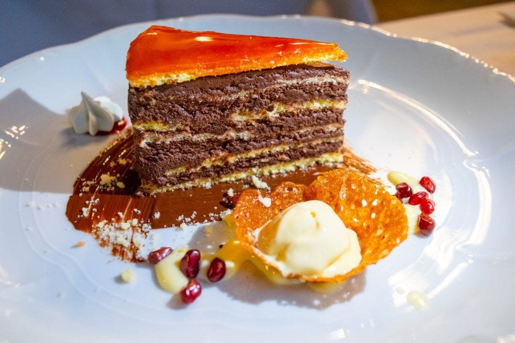 What to Eat in Budapest: Dobos Torta