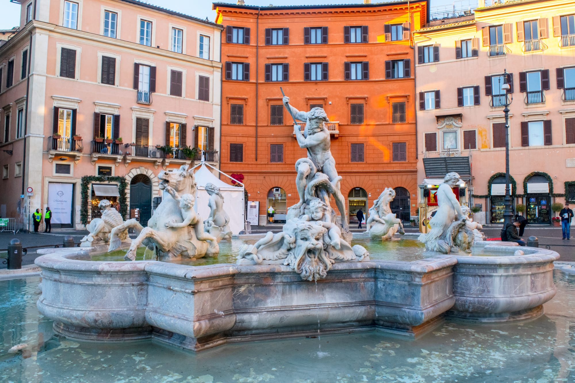 Piazzas in Rome: Fountain in Piazza Navona
