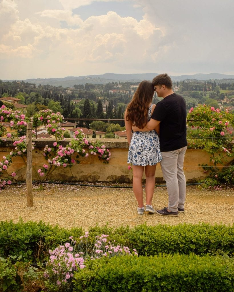Where to Propose in Italy: Florence Proposal in Boboli Gardens