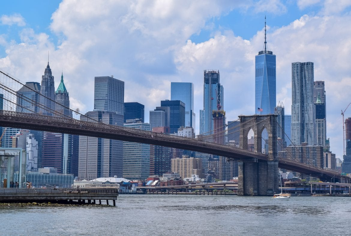 4 Day New York Itinerary: Manhattan Skyline with Brooklyn Bridge