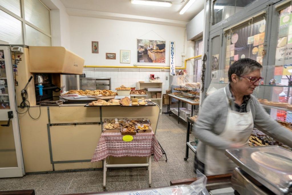 Trastevere Food Tour: Interior of Biscottificio Artigiano Innocenti with 1950s oven